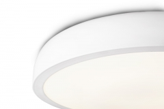 Cocotte in white detail